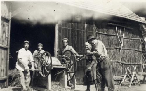 Cséplés Csanakon 1950-es évek